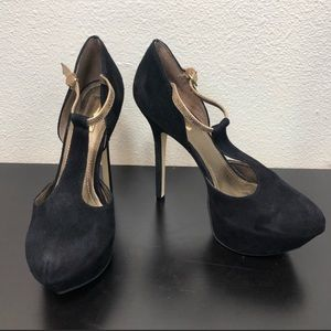 Report Signature Black Leather Suede Gold Heels